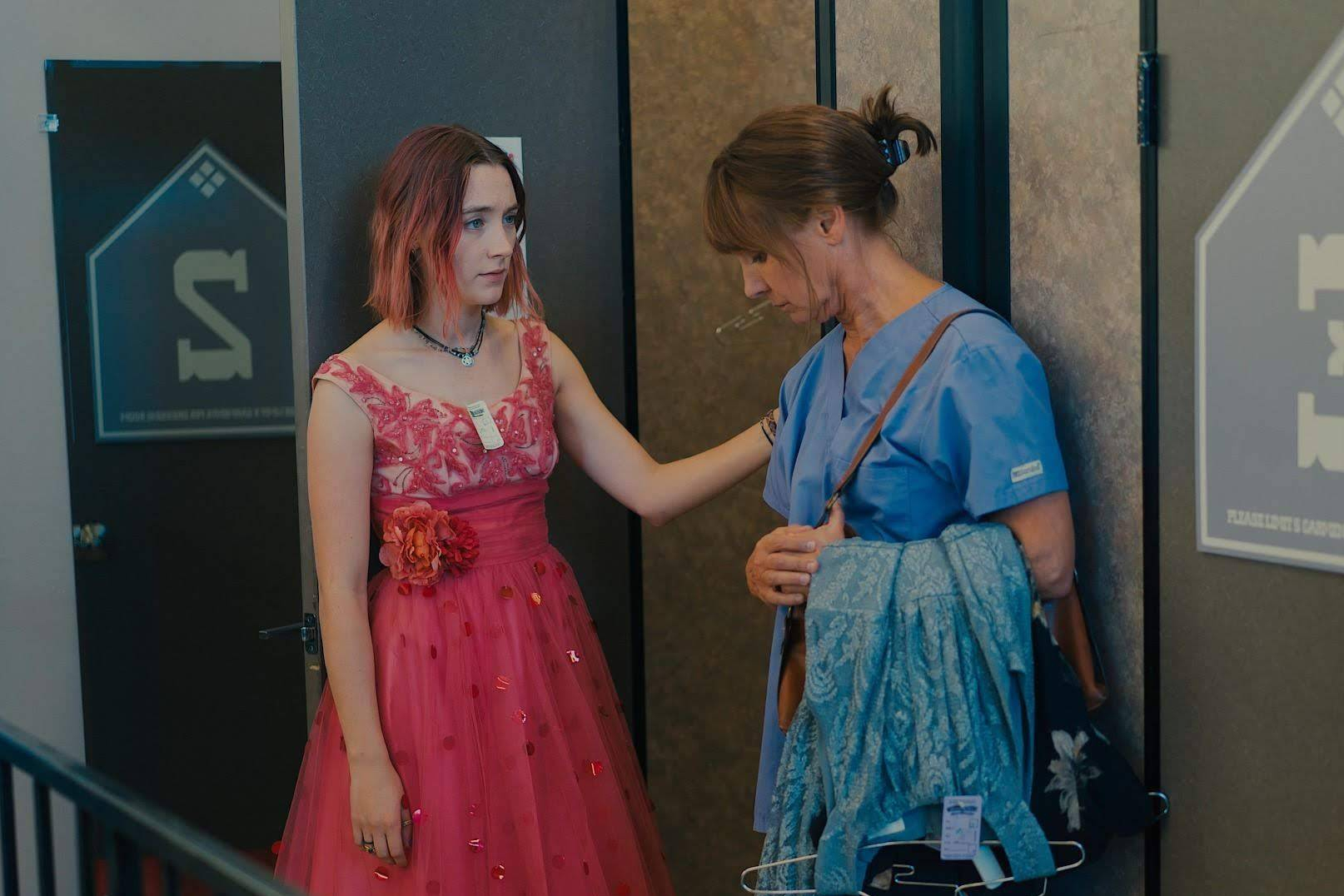 lady-bird-movie-stills-6.jpg