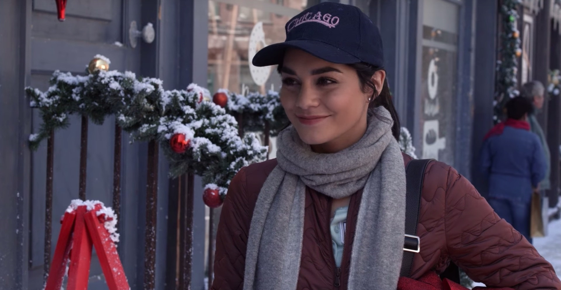 trailer-for-netflixs-vanessa-hudgens-christmas-movie-the-princess-switch-social